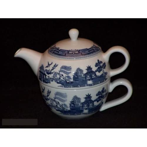 Amazon.com: Johnson Bros. Blue Willow Tea For One 3 Pc Set: Teapots
