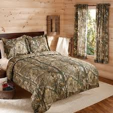5Pc Realtree Xtra Camouflage Boys Hunting Cabin Full Comforter & 1 Window Curtain Set front-4778