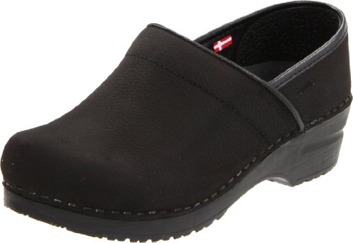Sanita Women's Professional Oil Clog,Black,38 EU/7.5-8 M US