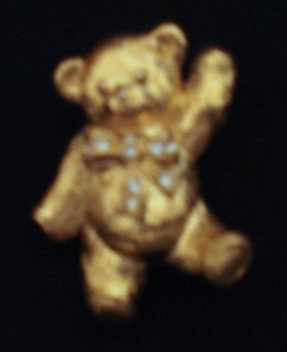 Avon Goldtone Teddy Bear Brooch-pin (Marked)