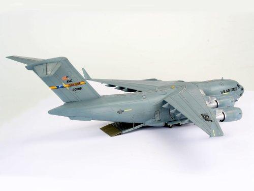 Revell-Boeing-C-17-Globemaster-III