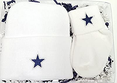 Dallas Newborn Knit Cap & Socks Baby Gift Set