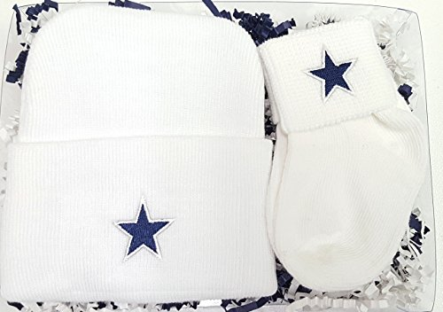 Dallas Newborn Knit Cap & Socks Baby Gift Set