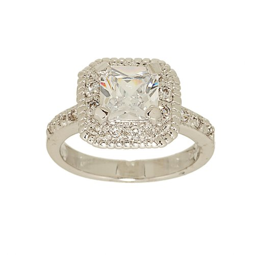 Classic Engagement Style Ring in Princess Cut Cubic Zirconia Size 7
