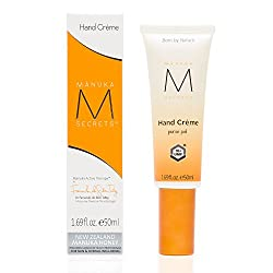 Manuka Secrets Hand & Cuticle Creme Purse Pal. Protects Against Daily Environmental Stresses with Powerful UMF 18+ Manuka Honey That Works Hard & Deep to Nourish and Soothe. Skin Retains a Nurtured and Toned Look and Feel. Certified Natural From New Zealand. (50ml/1.69fl.oz.)
