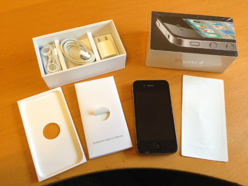 Apple iPhone 4 Black Smartphone 32GB GSM Unlocked