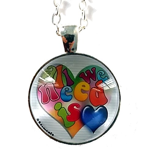 all-we-need-is-love-pendentif-atomania