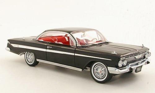 chevrolet-impala-sport-coupe-schwarz-1961-modellauto-fertigmodell-sun-star-118