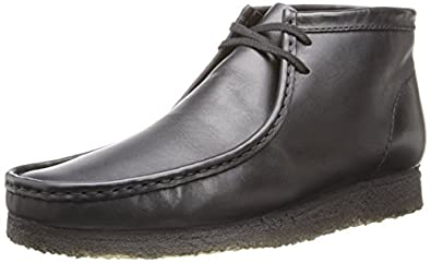 Clarks Men's Wallabee B Chukka Boot,Black Leather,6 M US