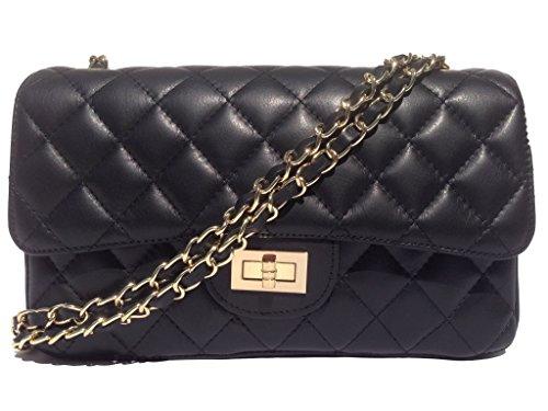 carla small zip italienische damen handtasche. Black Bedroom Furniture Sets. Home Design Ideas