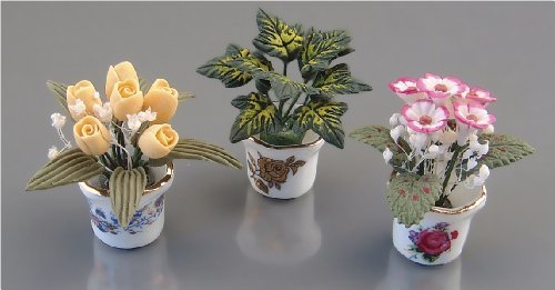 dolls-house-flowerpots-with-flowers-3-pieces-112-scale-by-reuter