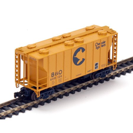 Athearn N Rtr Ps-2 2600 Covered Hopper Chessie/bo 1