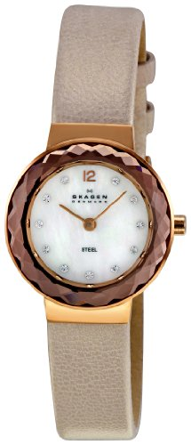 Skagen Designs Ladies Quartz Watch with White Dial Analogue Display and Silver Leather Strap 456SRLT