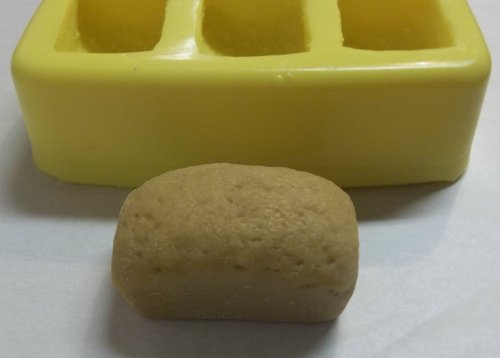 Making A Loaf Of Bread front-533443
