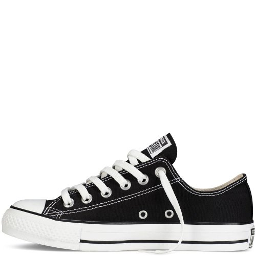Converse Men's Low Chuck Taylor Black Canvas Sneaker 8 D(M) US