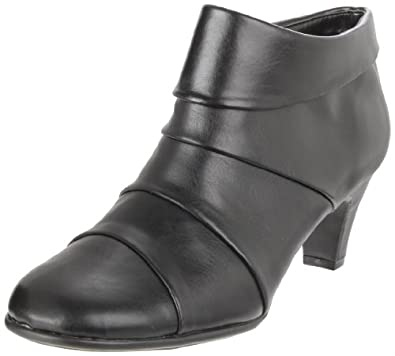 Aerosoles Women's Play Pleat Ankle Boot,Black,6 M US