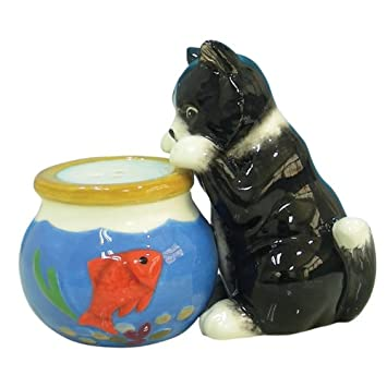 cat and goldfish bowl salt and pepper set