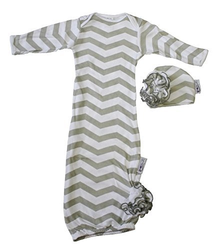 Woombie Indian Cotton Gowns Plus Hat, Gray Chevron Girl, 24-30 Lbs