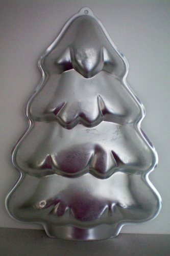 Wilton Christmas Holiday Tree Cake Pan