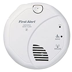 First Alert SA521CN Interconnected Hardwire Wireless Smoke Alarm with Battery Backup