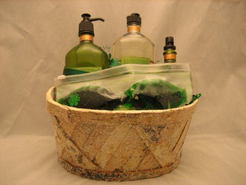 Bath & Body Works Aromatherapy Eucalyptus Spearmint Gift Basket - Medium