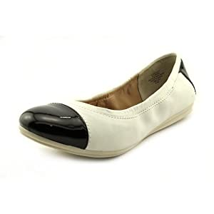 Easy Spirit e360 Gessica Womens Size 7.5 White Flats Shoes