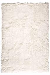 Homemusthaves Faux Sheepskin Area Rug (White) (4\'x6\')