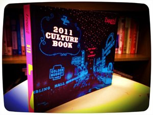 zapposcom-2011-culture-book