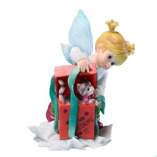 Enesco My Little Kitchen Fairies Fairie With Present Figurine, 3.875 Inch