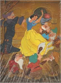 Walt Disneys Snow White and the Seven Dwarfs Frame-Tray Puzzle by Golden - 1
