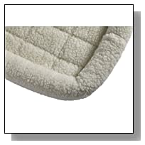 MidWest 40224 24-By-18-Inch Quiet Time Bolster Pet Bed, Fleece