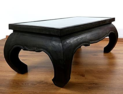 Großer Opiumtisch mit eleganter Elefantenschnitzerei, Asiatischer Couchtisch aus Massivholz der Marke Asia Wohnstudio, Asiatisches Möbelstuck im Naturton. Asiatischer Couchtisch aus Massivholz