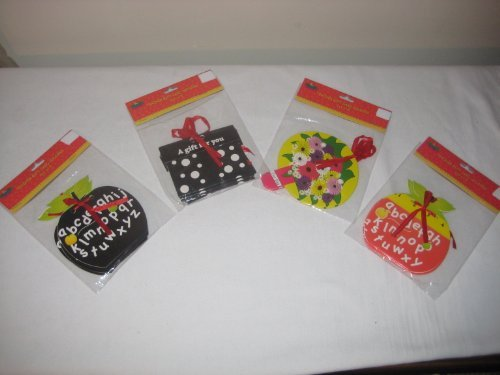 An assortment of Gift Cards Holders (4 pack)