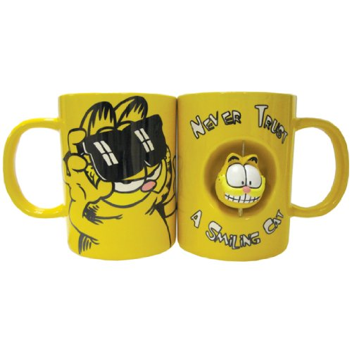 Westland Giftware 4-Inch Ceramic Spinner Mug, 12-Ounce, Garfield Never Trust a Smiling Cat