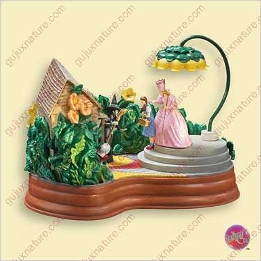 2006-Hallmark-Ornament-The-Wizard-of-Oz-Ill-Get-You-My-Pretty-Christmas-Table-Decoration