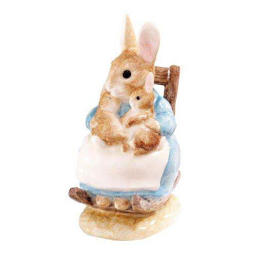 Beatrix Potter Classic Figurine - Mrs Rabbit And Babies (A7657) front-323407