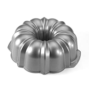 Nordic Ware Commercial Original Bundt Pan with Premium Non-Stick Coating, 12-Cup