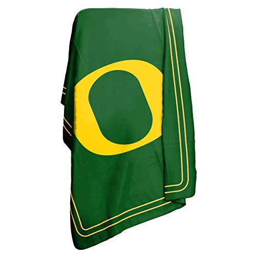 NCAA Oregon Ducks Classic Fleece Blanket (Oregon Ducks Merchandise compare prices)