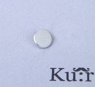 【Ku:ro】10mm Silver Flat Shutter Release Button for Leica, FUjifilm, Canon, Nikon, Hasselblad, Olympus, Minolta, & Wiping Cloth 【Flat Silver】 (35 Dollar Xbox Card compare prices)
