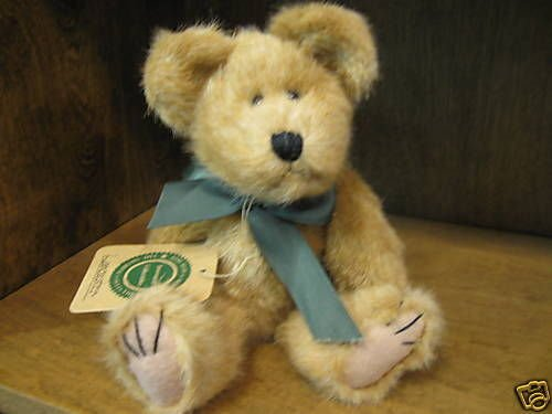 "1 X Lancaster 8"" Boyds Bear (Retired)"