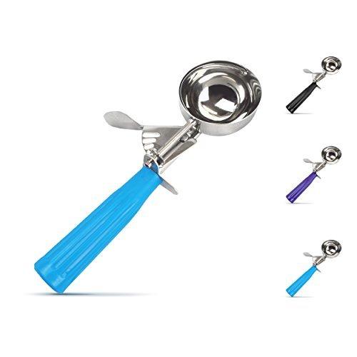 chefs-kitchen-old-fashioned-ice-cream-scoop-light-blue-by-chefs-kitchen