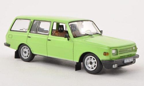 Wartburg-353-W-Tourist-hell-grn-1985-Modellauto-Fertigmodell-IST-Models-143