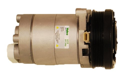 Neato Xv 11 Robotic Vacuum front-637750