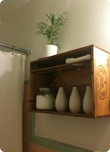 Obscurious Vintage Trunk Bathroom Shelf