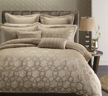Duvet Cover Sets And 1pc Siberian Goose Down Alternative