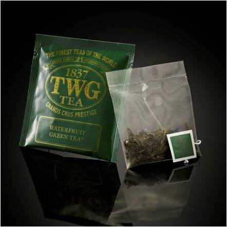 twg-singapore-the-finest-teas-of-the-world-waterfruit-gruner-tee-hauptteil-100-seide-teebeutel