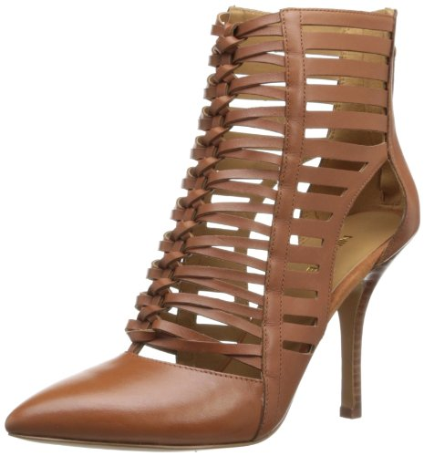 Nine West Women'S Bessy Boot,Cognac Leather,5 M Us