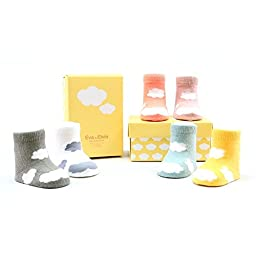 Agibaby Infant Cloud non skid 6 pair socks set, 0-12months. in stylish box and cute cloud socks design