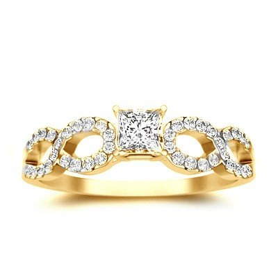 0.62 Carat Diamond Engagement Ring with Princess cut Diamond on 14K Yellow gold
