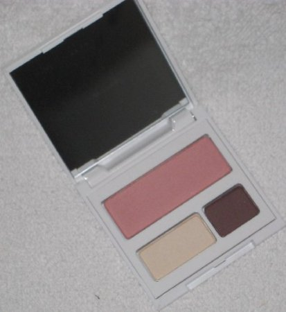 Newest Clinique Red Apple Palette Travel Exclusive front-55862